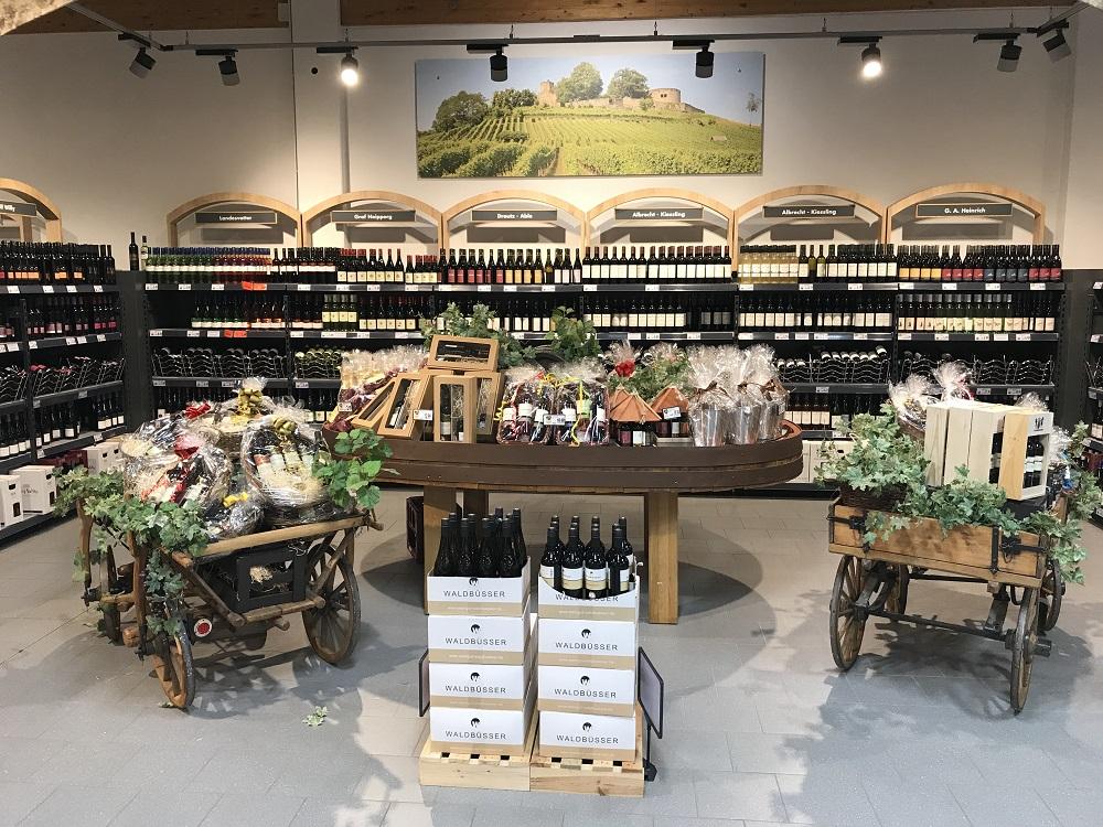 Weinabteilung im Kaufland Steinheim
